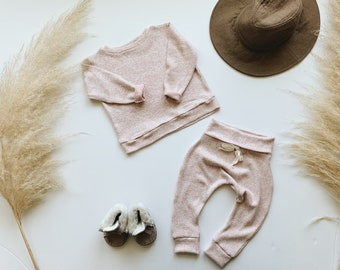 Baby Unisex shirt and pants set, Harem pants, Long sleeve tee, Cotton Candy Knit Set, Modern clothes