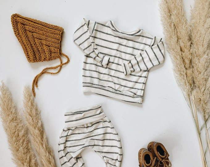 Featured listing image: Baby Unisex shirt and pants set, Harem pants, Long sleeve tee, Striped Ribbed  knit  set, Modern clothes