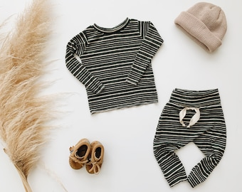Baby Unisex shirt and pants set, Harem pants, Long sleeve tee, Olive Striped Knit Set, Modern clothes