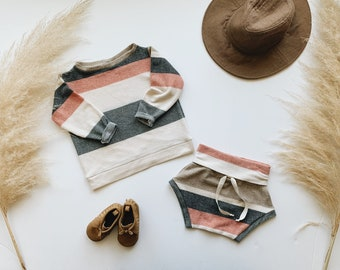 Baby Sweatshirt and shorts set, Oversized sweater and shorties ,Cookies and Cream set, Modern clothes