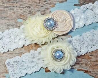 SALE Wedding Garter, Ivory Cream Garter Set,  Wedding Garter Belt , Lace Garter, Keepsake Garter, Toss Garter, Garter Set