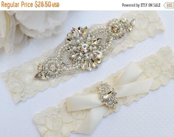 ON SALE Rustic Garter Set, Ivory Wedding Garter Set, Rustic Wedding, Lace Bridal Garter, Rustic Wedding Garter Set-Style 270