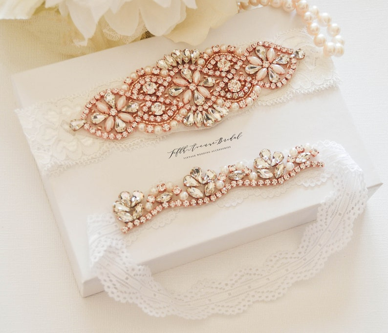 ON SALE Rose Gold Wedding Garter NO Slip Lace Wedding Garter Set vintage rhinestones El10854 bridal garter set