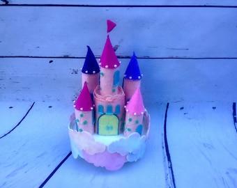Fairy tale Castle shaped felt Carillon