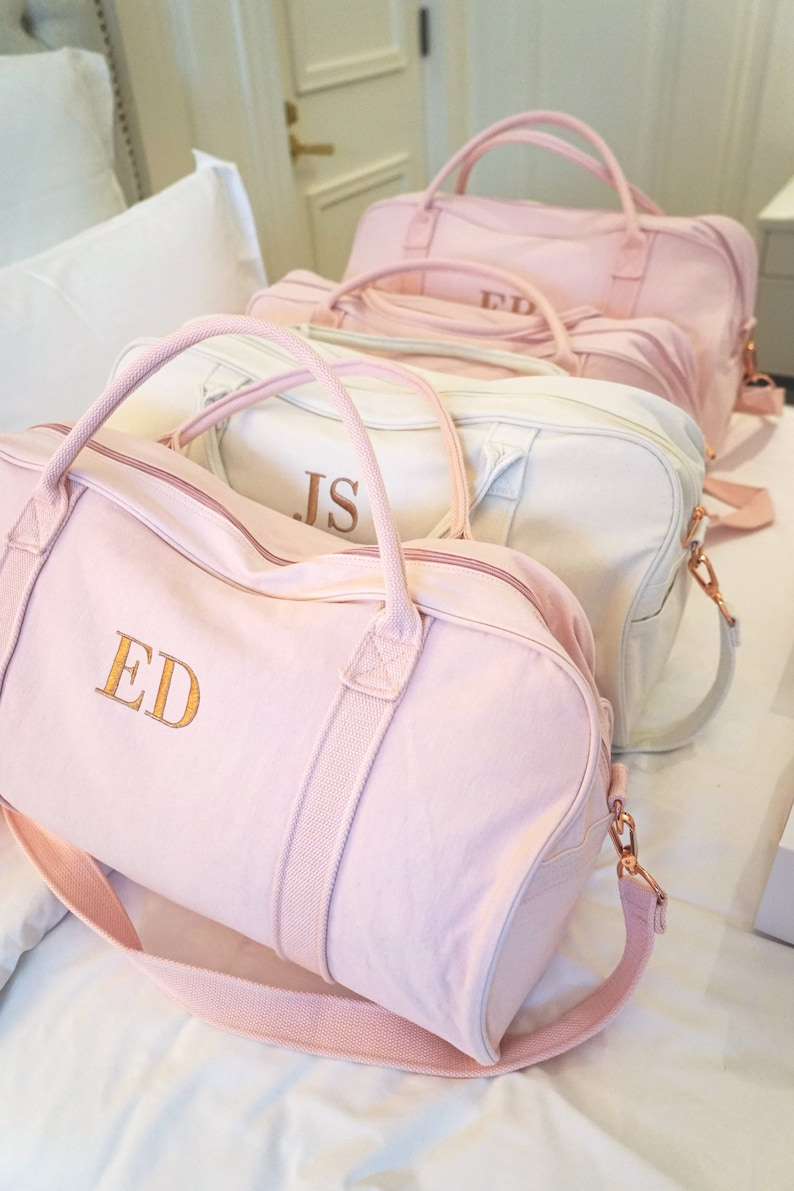 290d97fabcbf Personalised Bag   Duffle Bag   Bridesmaid Gifts   Monogrammed Weekender  Bags   Bridesmaid Bag   Gracie Duffle Bag