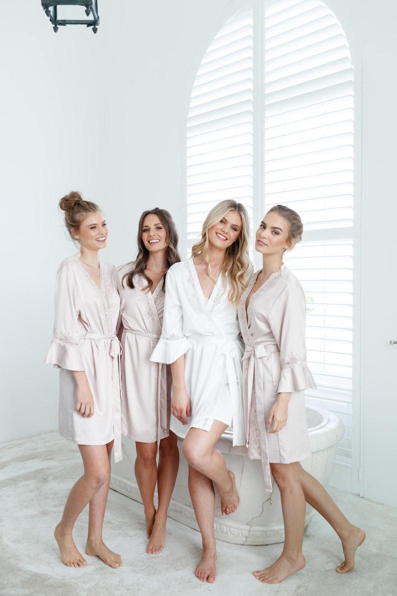 Bridal Robe // Bridesmaid Robes // Robe // Bridal Robe // Champagne