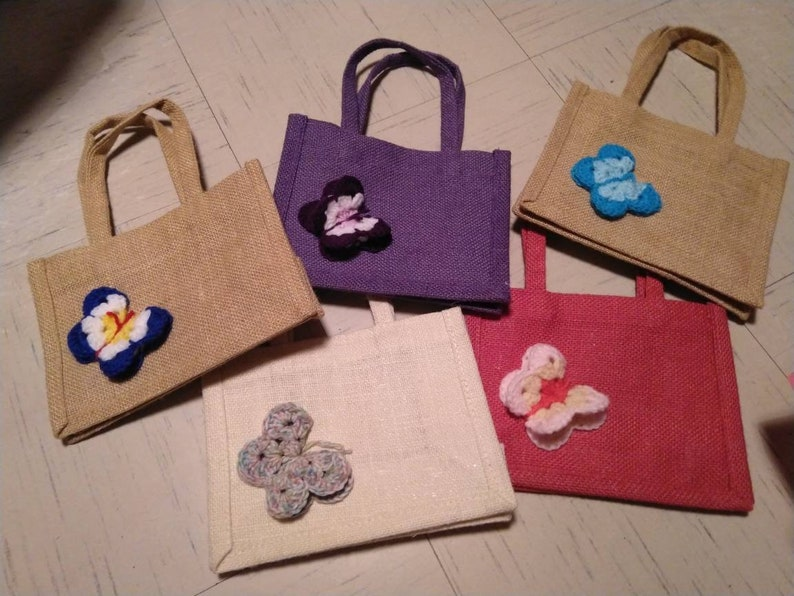 Butterfly Medium Jute gift bags image 0