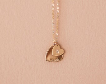 Mama's Heart Necklace - Personalized Gift for Mother's - Custom Jewelry - Gift for Mom - Gift for Her - Initial Necklace - Grandma - Sister