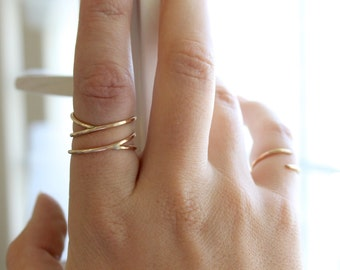 Parallel Coil Ring - 14k Gold Fill or Sterling Silver - Stacking Ring - Twisted Ring - Hammered Ring - Smooth Ring - Simple Gold Ring Thin