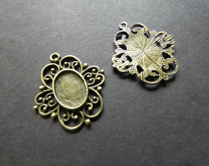 14x10mm Alloy Metal Pendant Floral Setting, 31mm Overall Size, Oval Setting, Fits 14x10mm Oval Stone, Bronze Color, Antiqued Tibetan Style