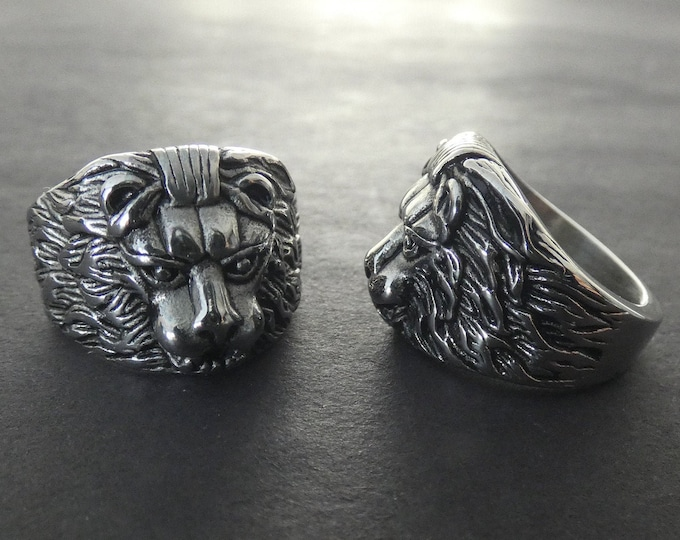 316L Stainless Steel Lion Ring, Handcrafted Steel Band, Silver Color, Intricate Lion Design, Sizes 7 to 11, Large Band With Animal Theme