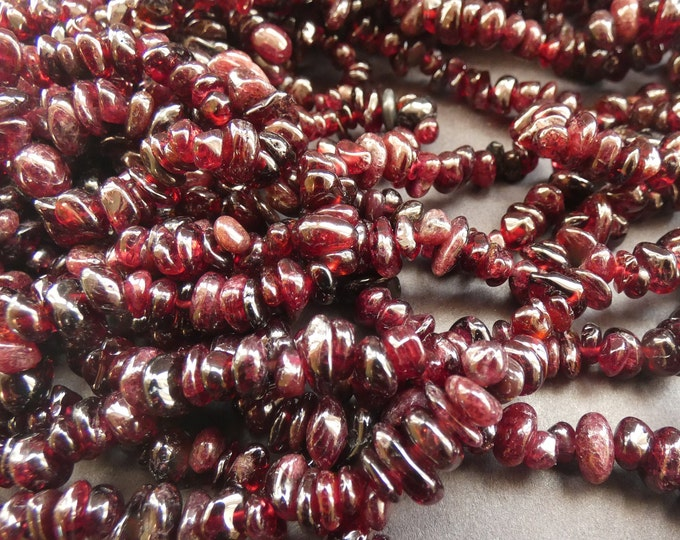 32 Inch 4-6mm Natural Garnet Bead Strand, About 225 Stones, Red Garnet Pebbles, Nugget Polished Stones, Drilled Garnet Crystals, 1mm Hole