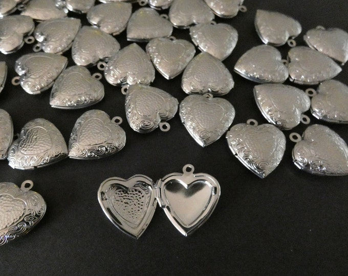 22x19mm Brass Floral Heart Locket Pendant, Silver, Small Heart Pendant With Flower Engraving, Metal Focal, DIY Jewelry Making, Photo Locket