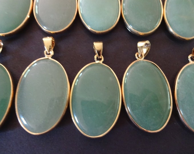 35-36mm Natural Green Aventurine Pendant With Gold Plated Brass Metal, Snap On Bail, Oval Pendant, Polished Gemstone Jewelry, Stone Charm