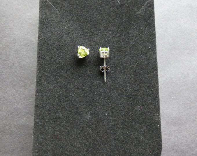 Sterling Silver & Genuine Peridot Heart Earrings, 1 Carat, Heart Studs, Green Gemstone, Semi Transparent, Natural Gems, Valentine Earrings
