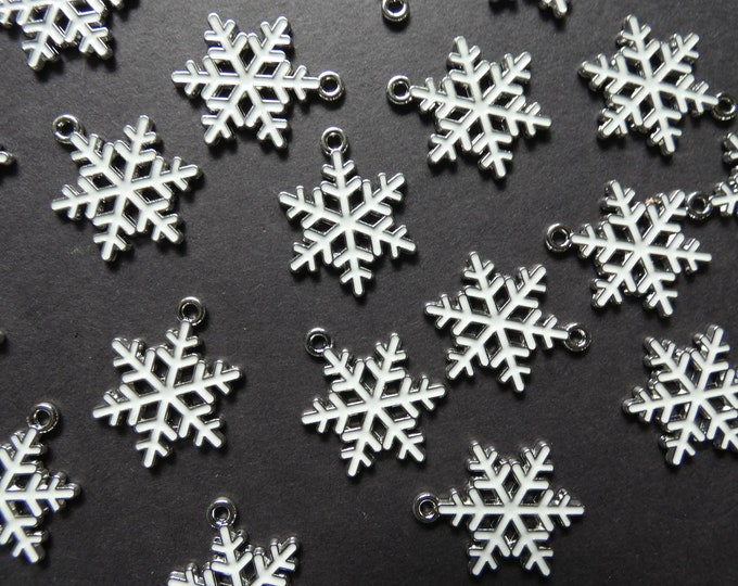 25mm Snowflake Enamel & Alloy Metal Charm, Classic Christmas Pendant, Christmas Charm, Metal Winter Charm, Silver and White, Snowflake Charm