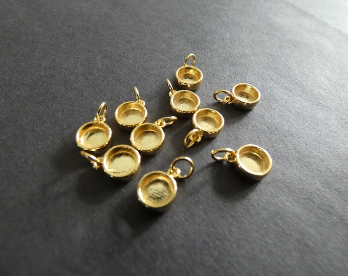 11x8mm Brass Cabochon Setting Charms, Gold Color, 6mm Tray, 3mm Hole, Flat Round, Chic Classic Style, Bracelet & Necklace Pendant, Golden