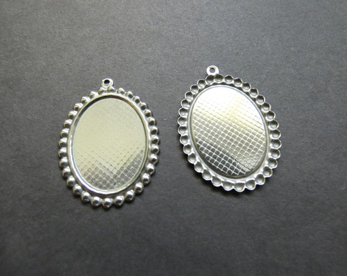30x24mm 304 Stainless Steel Cabochon Pendant Setting, 35x26mm Overall, 1.5mm Hole,  Large Oval Stone Setting, Platinum Silver, Cab Setting
