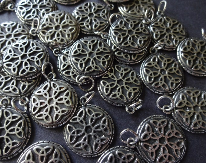 316 Stainless Steel Round Pendant, 29mm Flat Circle Pendant, Metal Focal, Custom Jewelry Making, Antiqued Charms, Black and Silver, Floral