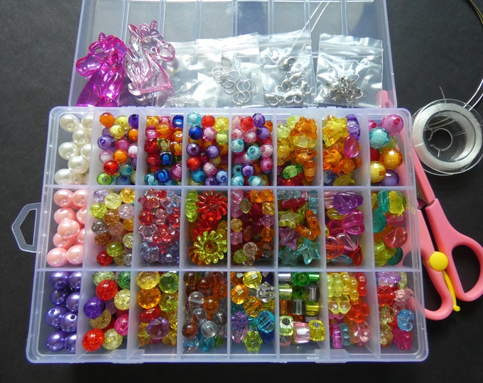 1,200+ Piece Acrylic Bead Kit With Organizer Case, 24 Different Bead Styles, Jewelry Making Set With Scissors, Findings & More, DIY Beading