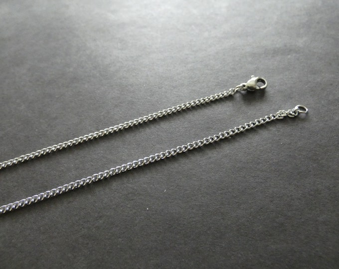 304 Stainless Steel 17 Inch Curb Chain Necklace With Clasp, 2.2mm Thick, Silver Color, DIY Curb Link Necklace, Cut To Size, Ready To Wear