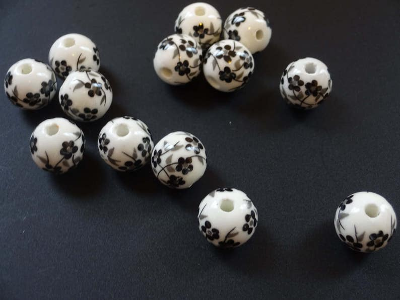 20 Pcs 12mm Round White Black Flower Handmade Printed Porcelain Beads Hole 2mm