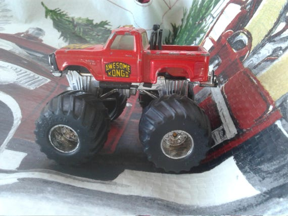 Vintage Matchbox Monster Jam Truck/ Awesome Kong II