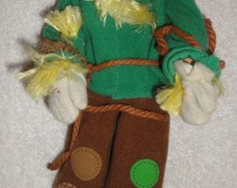 1996 Mattel Wizard of Oz Scarecrow Doll