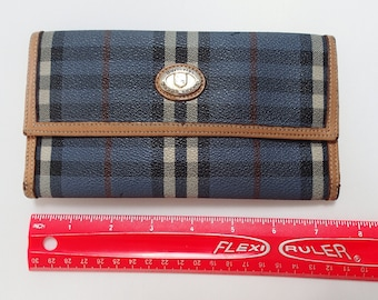 485410e2c955 Burberry Vintage Blue Long Wallet