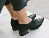 Black Heels, Oxford Shoes, No Lace Shoes, Black Shoes, Pointed Shoes, Elegant Shoes, No Ties Shoes, Vegan Shoes, Geometric Shoes, Gothic