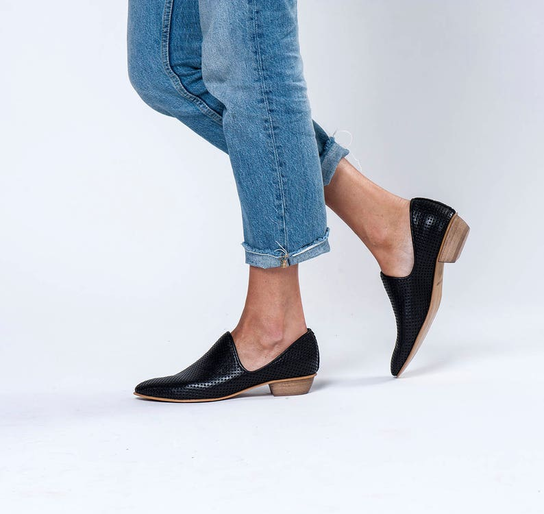 ff6864dc2c8aa Womens Shoes, Leather Shoes, Black Shoes, Women Flats, Wood Heels Shoes, No  Ties Shoes, Comfy Shoes, Evening Shoes, Summer Flats, Modern