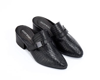 Women's Leather Shoes, Black Leather Shoes, Slip On Shoes, Mules, Elegant Shoes, Leather Clogs, Low Heels, Loafer Mules, Comfortable Shoes