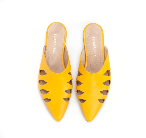 Slides Mules Leather Shoes Slip Summer Flats Leather Yellow Pointed Mules Shoes On Leather Flats Women's Sandals Shoes Leather Shoes 4PxEwqU7E