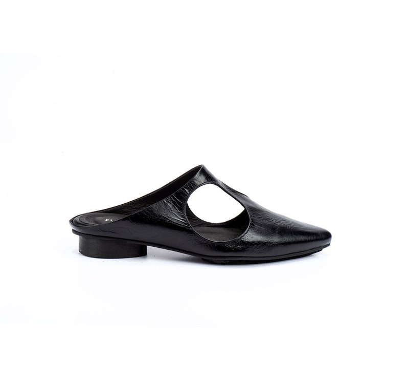 Leather Mules Pointed Shoes Women Flats Leather Shoes Women Loafers Black Slides Black Shoes Leather Slip Ons Pointed Flats