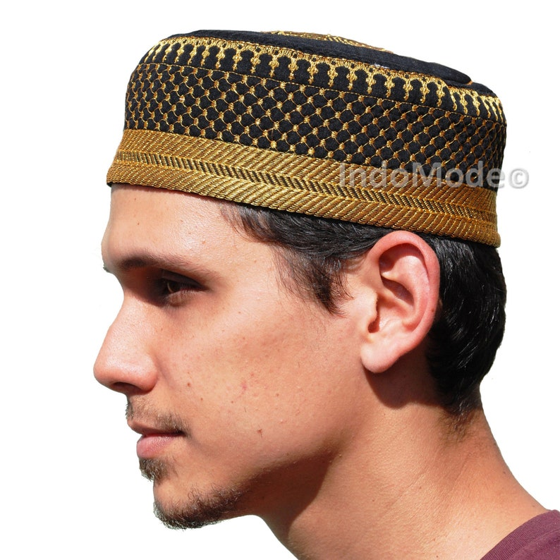 Handcrafted Black Metallic Gold Thread Embroidery Thinly  39340f64cfc4