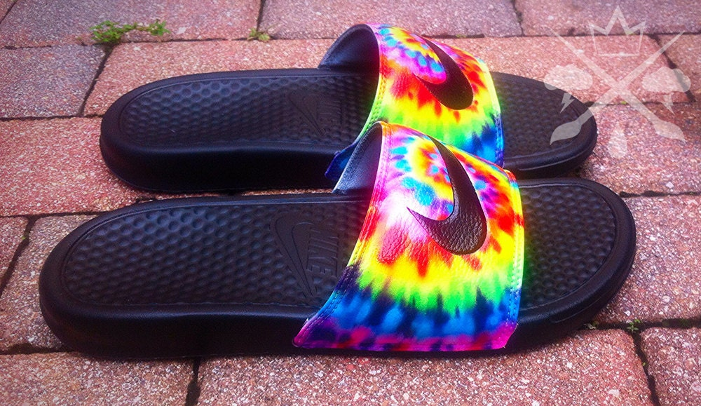 Nike Custom Trippy Tie Dye Psychedelic Hippy Swirl Benassi Swoosh
