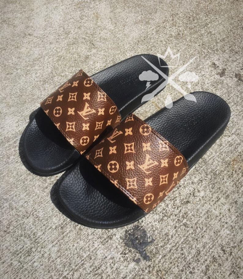 59b5a1b81e3e52 Louis Vuitton Luxury Designer LV Custom Slides Sandals Flip