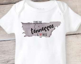 My Mimi in Tennessee Loves Me Toddler//Kids Long Sleeve T-Shirt