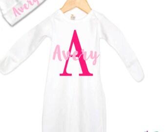 Cadeaux de naissance personnalisé pour les filles, bébé cadeau ensemble avec robe et chapeau, cadeau de Shower de bébé, nouveau-né fille Coming Home tenue, ensemble de vêtements bébé fille