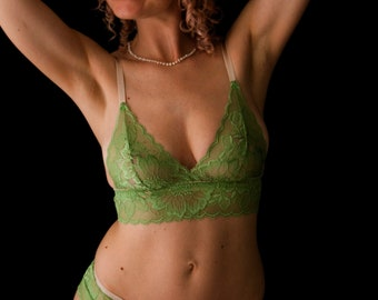 Leaf green lace triangle bra