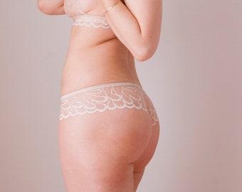 Beige classic lace panties