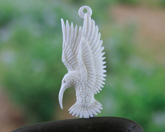Bird Jewelry Wire Wrap Collectible Gifts and Ornaments Pendant Charm Finding Hummingbird Carved Cabochon Focal Necklace