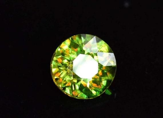 0.90 carats rond coupé plein feu lâche Chrome sphène lâche feu Pierre du Pakistan - 5.5 * 5, 5 * 3 mm 3aa8f0