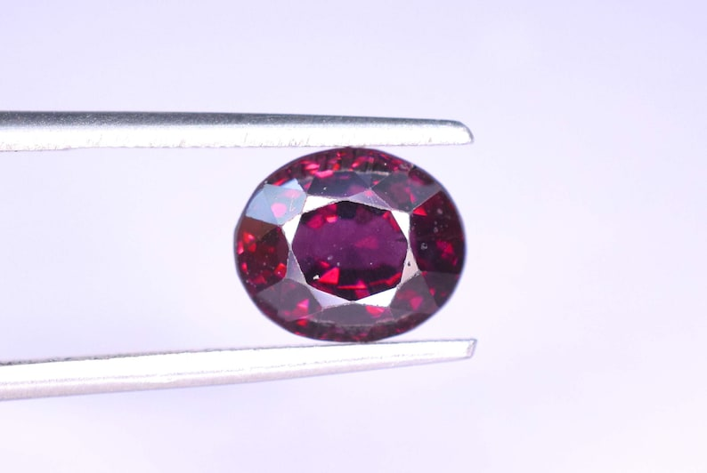 2.85 carats Oval Cut Top Grade Natural Dark Maroon Spinel Loose Gemstone From Africa 9*7*6 mm