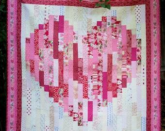 """Wallpaper Strips Heart (64"""" x 66"""") quilt pattern"""