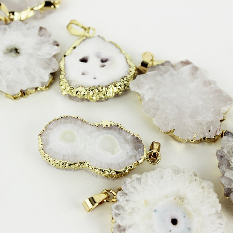Necklace Supplies  NC-072 Natural Gemstone Jewelry Finding Irregular White Stalactite Natural Stone Slice Charm with 24K Gold Plated Rim