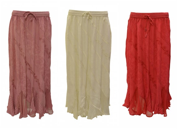 Womens Ladies Boho Gypsy Floral Embroidered Scallop Hem Maxi Skirt Free Size Up To 22