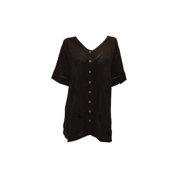 Plus size short sleeve embroidered paisley front button v-neck top freesize up to 18 black