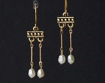 roman pearl earrings, roman crotalia earrings, roman re-enactment earrings, roman crotalia, VALENTINA, gold plated ear wires