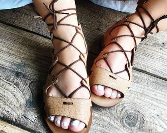 """Mila"" sandals in camel Croc cowhide."